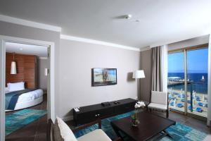 Sundance Suites Hotel, Hotely  Turgutreis - big - 2