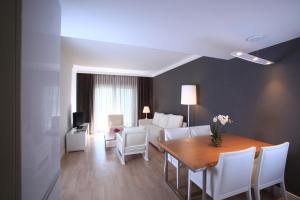 Sundance Suites Hotel, Hotely  Turgutreis - big - 24