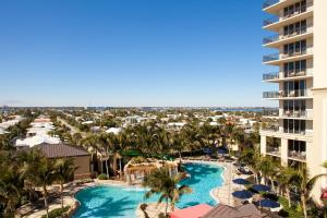 One-Bedroom Condo with Resort View