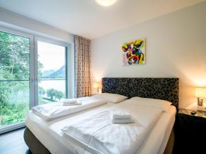 Mountain and Lake XL, Apartments  Zell am See - big - 22