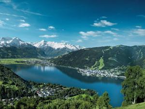 Mountain and Lake XL, Apartments  Zell am See - big - 32