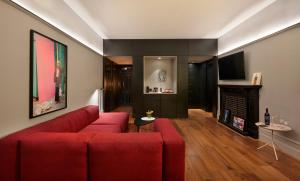 Andaz Large Suite