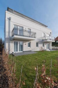 Ferienwohnungen Rosengarten, Apartmány  Börgerende-Rethwisch - big - 1