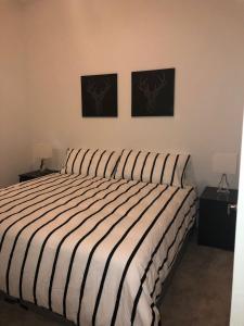 Modern Doral Apt, Апартаменты  Glenvar Heights - big - 5