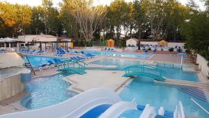 Les Jardins de Tivoli, Campingplätze  Le Grau-du-Roi - big - 49