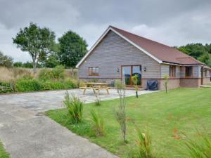 Holiday Home Sugarloaf 2, Дома для отпуска  Dallington - big - 13