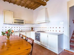 Locazione turistica Sesta.4, Apartments  San Gusmè - big - 19