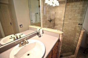 Peach Tree Inn & Suites, Hotely  Fredericksburg - big - 55