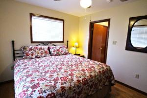 Peach Tree Inn & Suites, Hotel  Fredericksburg - big - 11