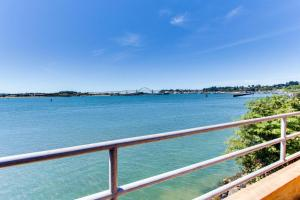 Embarcadero on the Water, Holiday homes  Newport - big - 22