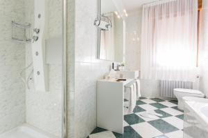 Hotel Terme Delle Nazioni, Hotely  Montegrotto Terme - big - 18