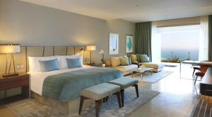 Ambassador Suite Ocean View
