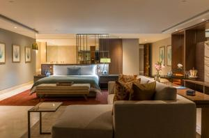 Grand Class Suite Ocean Front - Adults Only