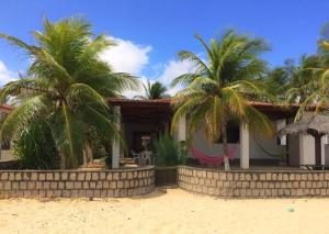 Bela Casa na beira da praia de Genipabú - Genipabu