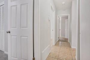 Prime Location , Private Pool , Located In Tampa, Dovolenkové domy  Tampa - big - 50