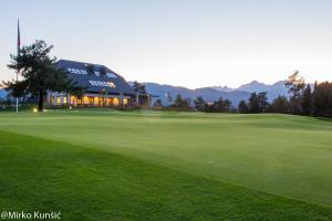 King's and Lake's House Golf Course Royal Bled, Hotels  Lesce - big - 17