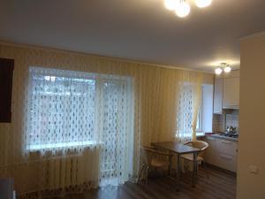 квартира біля центру, Apartments  Rivne - big - 6