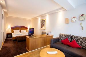 Landidyll Hotel zum Kreuz, Hotely  Glottertal - big - 9