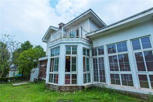 William Castle's Home Party Villa, Ville  Chongqing - big - 21