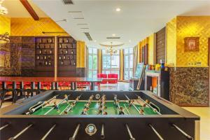 William Castle's Home Party Villa, Ville  Chongqing - big - 18