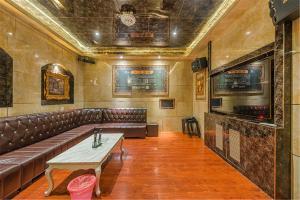 William Castle's Home Party Villa, Ville  Chongqing - big - 63