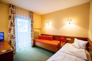 Landidyll Hotel zum Kreuz, Hotely  Glottertal - big - 12