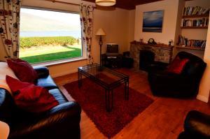 Cottage 101 - Moyard, Holiday homes  Letterfrack - big - 17