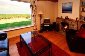 Cottage 101 - Moyard, Holiday homes  Letterfrack - big - 25