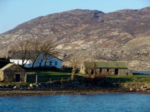 Cottage 101 - Moyard, Holiday homes  Letterfrack - big - 41