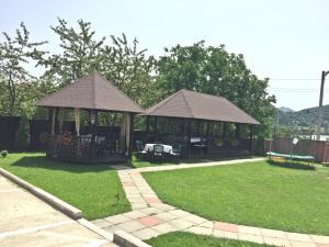 Pensiunea Camena, Penzióny  Piatra Neamţ - big - 48
