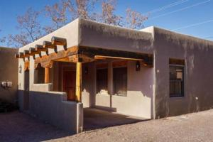 2 Bedroom - 10 Min. Walk to Plaza - Kiva, Holiday homes  Santa Fe - big - 3