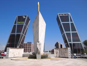 Foto Atico Puerta de Europa