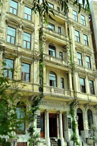 Buyuk Londra Hotel (1 of 39)
