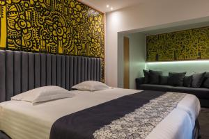 Superior Deluxe Double Room for 2  to 4 people