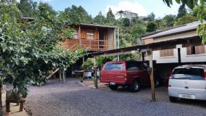 Casa de madeira em Caxias do Sul, Prázdninové domy  Caxias do Sul - big - 11