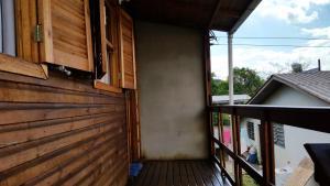 Casa de madeira em Caxias do Sul, Prázdninové domy  Caxias do Sul - big - 7