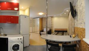 Omsk Sutki Apartments on Ilyicheva 6, Apartmány  Omsk - big - 6