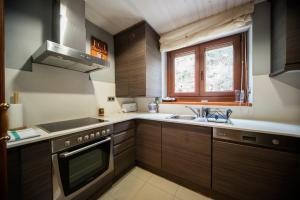 Cap dera Vila - Apartamentos Turísticos, Apartmanok  Vielha - big - 11