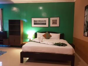 Phuket Siam Villas, Hotel  Chalong  - big - 57
