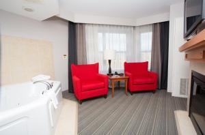 King Sunroom Suite