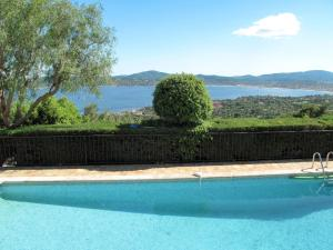 ;Villa Lou Amiradou 135S, Dovolenkové domy  Grimaud - big - 5