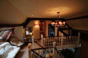 Les Freuberts B&B, Bed & Breakfasts  Landivy - big - 30
