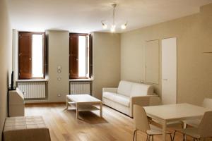 LHP Suite Rivisondoli, Apartmanok  Rivisondoli - big - 4
