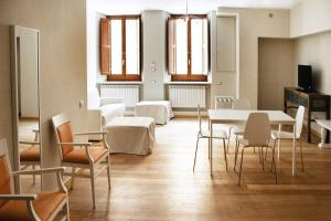 LHP Suite Rivisondoli, Apartmanok  Rivisondoli - big - 16