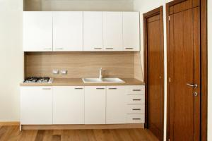 LHP Suite Rivisondoli, Apartmanok  Rivisondoli - big - 15