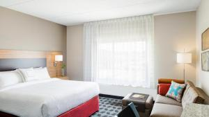 TownePlace Suites by Marriott Columbia Northwest/Harbison, Hotel  Columbia - big - 1