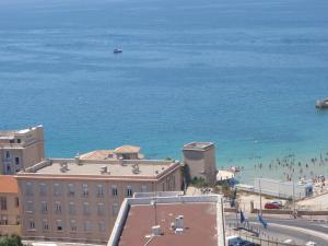 T1 Vue Panoramique Mer & Iles Frioul, Apartments  Marseille - big - 58