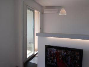 T1 Vue Panoramique Mer & Iles Frioul, Apartments  Marseille - big - 16