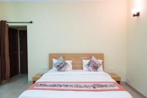 OYO 11420 Home Mount Saga Villa Goverdhan Villas, Apartmanok  Udaipur - big - 18