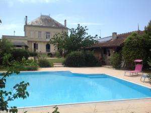 LE CORMIER DE L'ESTUAIRE, Bed and breakfasts  Saint-Aubin-de-Blaye - big - 37